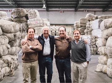 Fuhrmann family by Fuhrmann S.A. Organic Wool